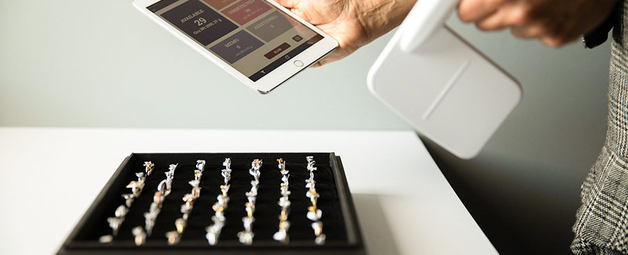 Counting Jewelry Inventory using RFID
